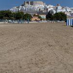 Castillo del papa Luna y casco antiguo desde la playa Sur (foto Adela Talavera).