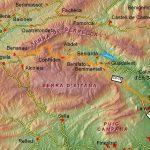 """La serra d'Aitana és un conjunt muntanyós que forma part de les Serralades Bètiques, a l'extrem més oriental dins de la península Ibèrica. Està enquadrada al nord de la província d'Alacant (Espanya), en una disposició est-oest (coordenades: 38°39'3""""N 0°16'29""""O). El pic d'Aitana, cim d'aquesta serra, és al seu torn el cim de la província, amb […]"""
