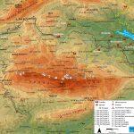 """La sierra de Aitana es un conjunto montañoso que forma parte del Sistema Bético, en su extremo más oriental dentro de la Península Ibérica. Está encuadrada en el norte de la provincia de Alicante (España), en una disposición este-oeste (Coordenadas: 38°39'3""""N 0°16'29""""O). El pico de Aitana, cumbre de dicha sierra, es a su vez la […]"""