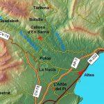 Callosa d'en Sarrià (Marina Baja, Alicante) es un pueblo tradicionalmente agrícola, que presenta una gran riqueza en recursos hídricos ya que se encuentra situado en medio de los ríos Guadalest, Bolulla y Algar, con sus impresionantes fuentes y cascadas. Más allá del valle se encuentran las sierras de Aitana (1.558 m), de Bernia (1.360 m) […]