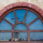 El complejo siderúrgico, ya desmantelado, del Puerto de Sagunto constituye uno de los principales ejemplos de arqueología industrial en territorio valenciano. Su origen se remonta a 1900 cuando el empresario vasco Ramón de la Sota fundó la Compañía Minera de Sierra Menera (CMSM) con el propósito de explotar el yacimiento de hierro de Ojos Negros, […]